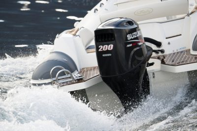 Suzuki-DF200APX-perämoottori-ajossa2