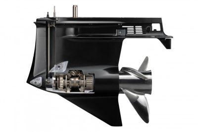 Suzuki-DF250APX-perämoottori-vaihteisto