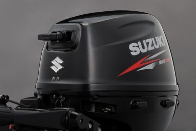 Suzuki_DF15A-perämoottori-etu